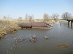 Входные оголовки трубчатого водосбросного сооружения конструкции Мисенёва В.С . на р. Лучка
